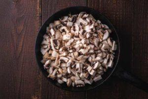 champignons de paris pour une raclette végétarienne ou raclette healthy