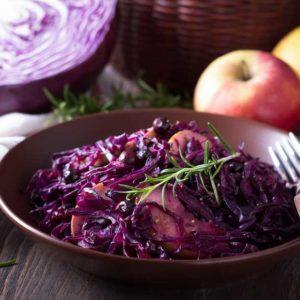 Chou Rouge, Pommes Et Graines De Coriandre