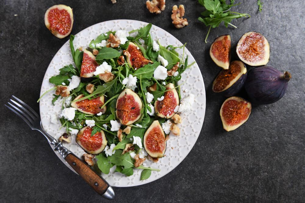 Salade D'été Avec Ses Figues, Pastèque Et Feta