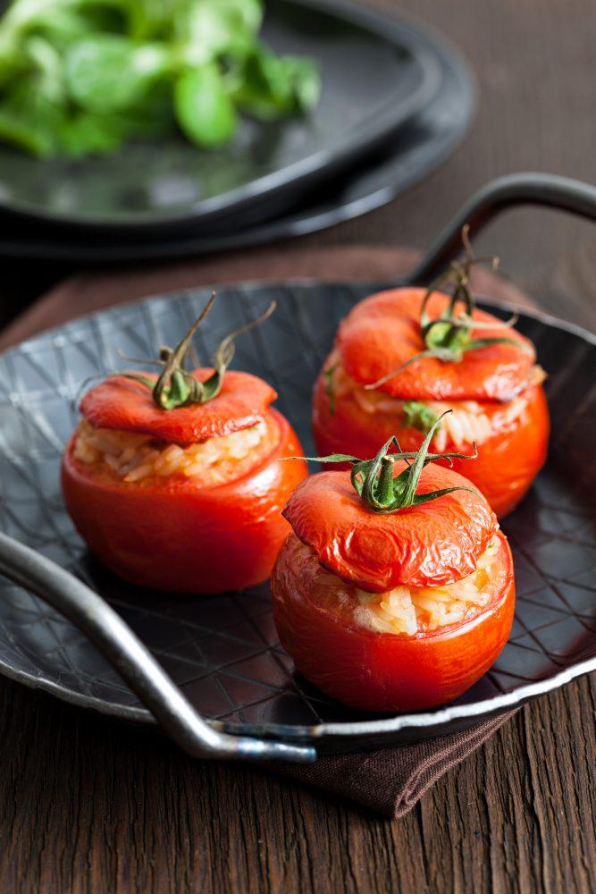 Tomates Farcies Végétariennes Au Risoni Et Pesto