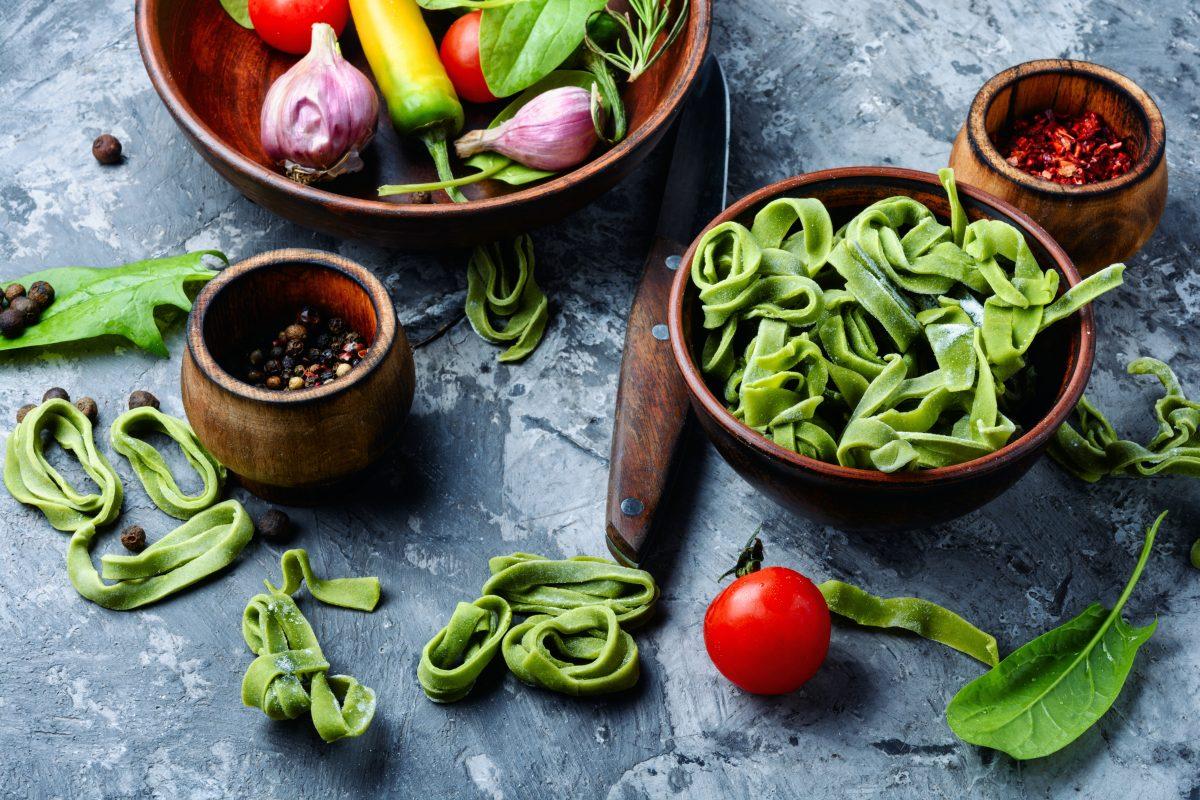 Recette : Pates Aux Epinards Et Sauce Legumes Healthy