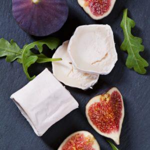 Figues Garnies Aux Pignons De Pin Et Fromage De Chèvre