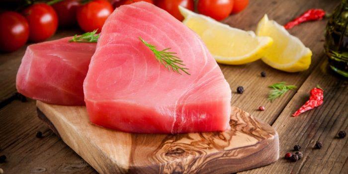 Steak De Thon Et Carpaccio De Tomates Healthy