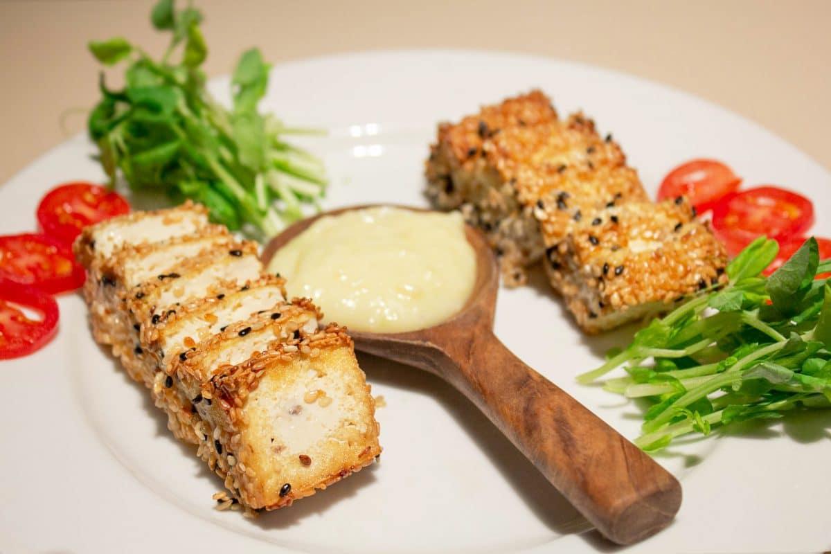 Tofu Grille Au Sesame Sauce Cacahuetes